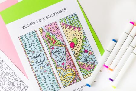 Mothers Day Printable Coloring Craft - bookmarks from daydreamintoreality DelightfulPaths